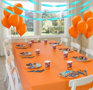 Hot Wheels Basic Party Kit for 8 Guests