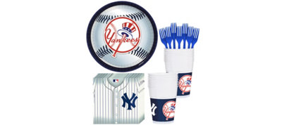 New York Yankees Basic Party Kit for 16 Guests