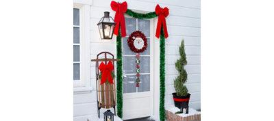 Santa Door Decorating Kit