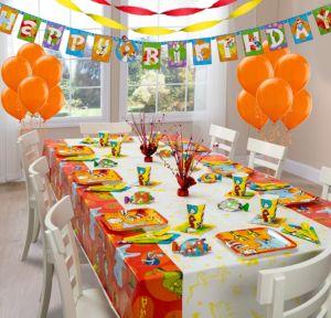 Dr. Seuss Super Party Kit for 8 Guests