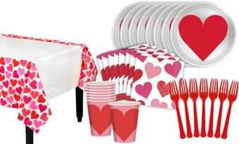 Key to Your Heart Valentine's Day Classroom Tableware Kit for 32 Guests