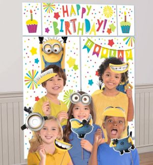 Minions Photo Booth Kit