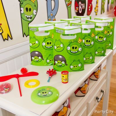Angry Birds Favor Pack for 8 Idea