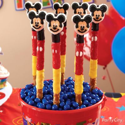 Mickey Mouse Pretzel Pops How To