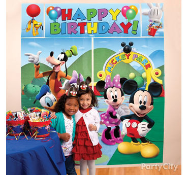 Mickey Mouse Photo Booth Idea