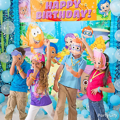 Bubble Guppies Photo Booth Idea