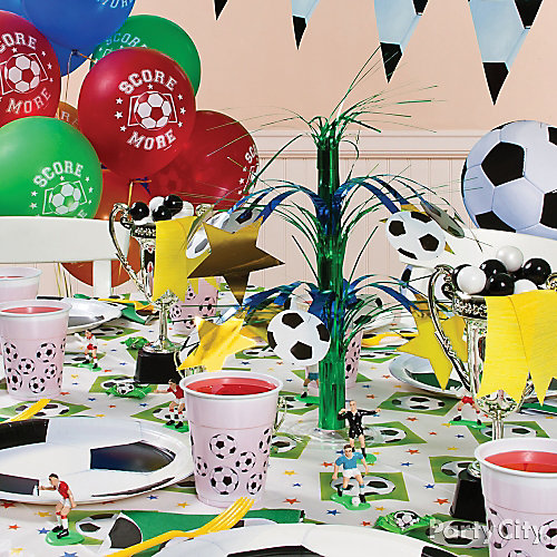 Soccer Party Table Idea