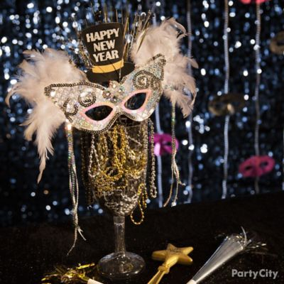 NYE Masquerade Centerpiece Idea