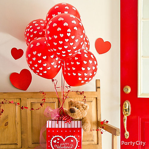 Valentines day balloon teddy bear gift idea valentines for Balloon decoration for valentines day