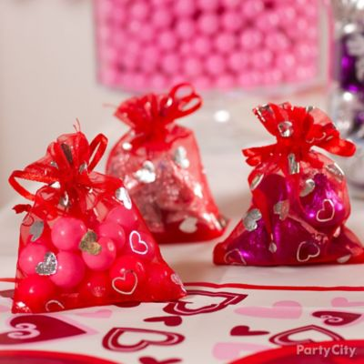 Valentine's Day Candy Organza Favor Bags Idea