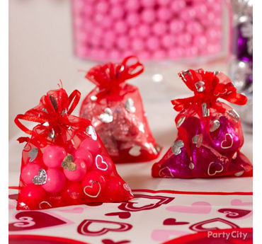 Valentines Day Candy Organza Favor Bags Idea