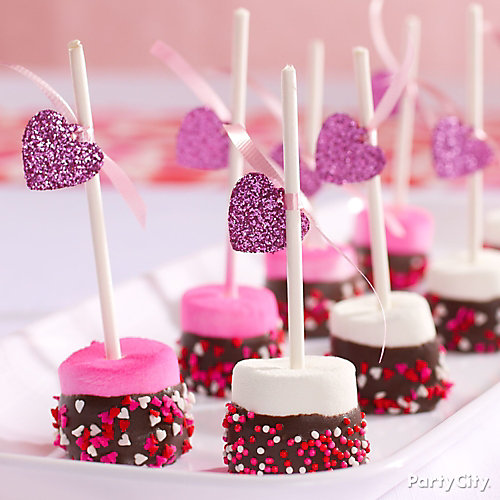Valentine's Day Dipped Marshmallows Idea