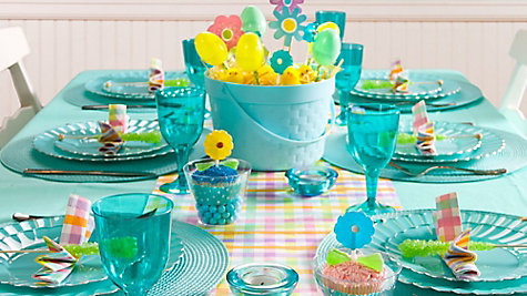 Blue Easter Tablescape Ideas