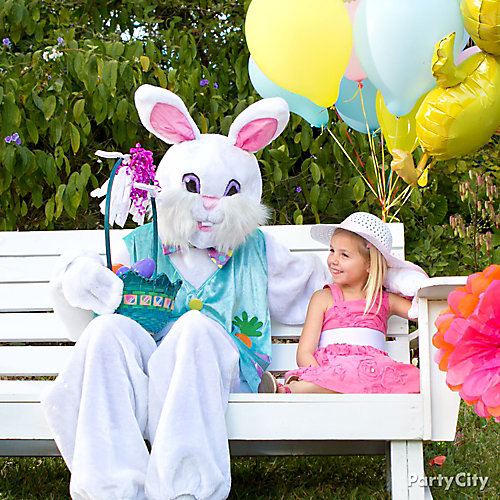 Easter Bunny Photo Op Idea