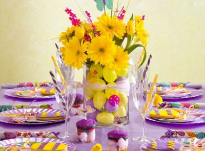 Purple Easter Tablescapes