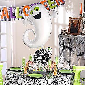 Ghost Balloon and Chalkboard Idea