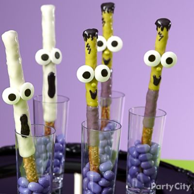 Friendly Ghost and Frankenstein Pretzel Pops How To