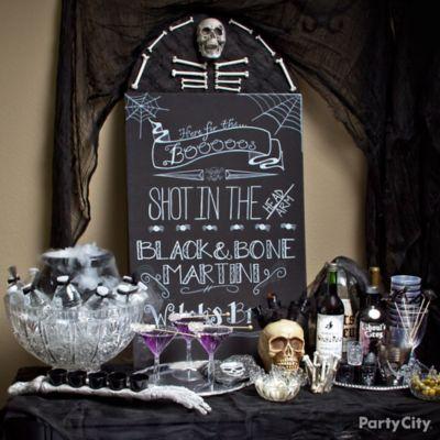 Halloween Cocktails Table Idea