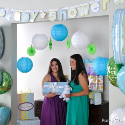 Diy baby shower signs ideas party city for Baby shower hall decoration