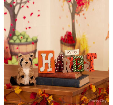 Teacher's Desk Decorating Idea