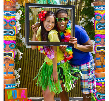 Luau Photo Booth Frame Idea