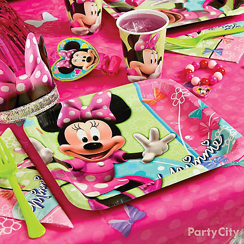 Minnie Mouse Place Setting Idea