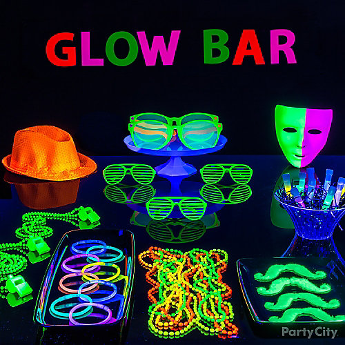 Glow Bar Party Table Idea - Black Light Party Ideas ...