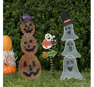 Friendly Ghosts and Pumpkins Signs Idea