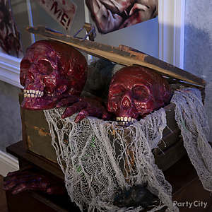 Bloody Heads in a Box Idea