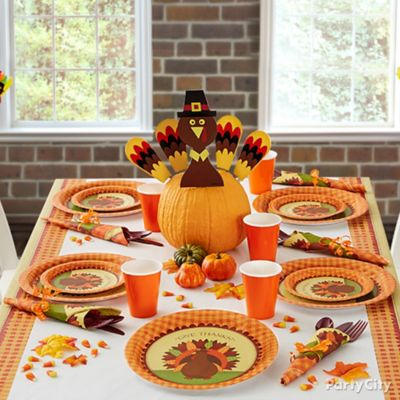 Thanksgiving Kids Table Idea