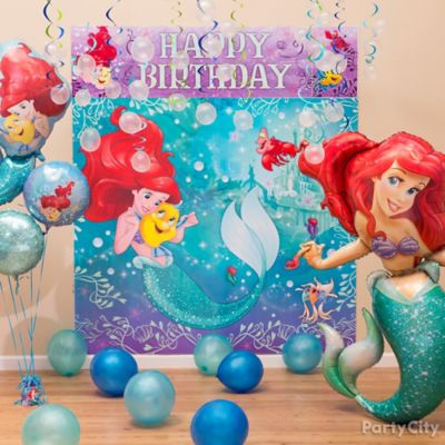 Little mermaid cupcake with candles idea party city for Ariel decoration