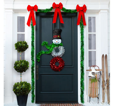Winter Welcome Door Decor Idea
