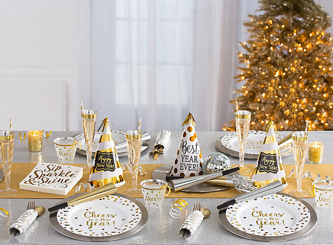 Christmas Eve Party Ideas Part - 16: White And Gold New Years Eve Ideas