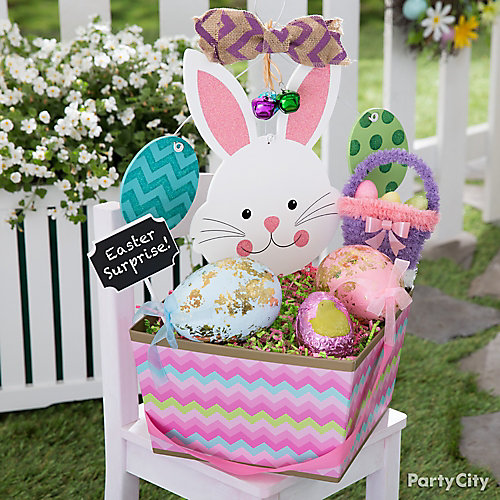 Egg Your Neighbors With A Colorful Basket