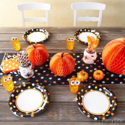 Halloween Dinner for Kids Tablescape