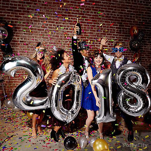New Years Balloon Photo Op Ideas