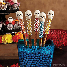Day of the Dead Candy Skull Pretzel Pops