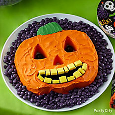 Friendly Jack-o'-Lantern Cake