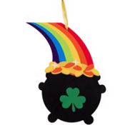 Hanging Wooden Pot of Gold 16in