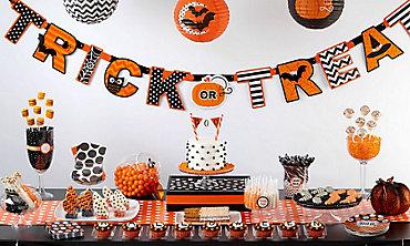 Modern Halloween Sweets & Treats