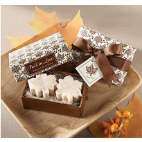 Fall In Love Leaf-Shaped Soap 2ct
