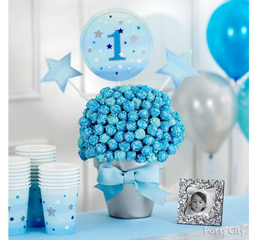 First Birthday Lollipop Centerpiece Idea