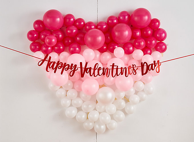 Valentines Day Balloon Wall and Photo Ideas