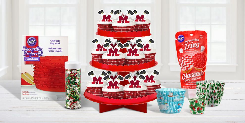 Christmas Cake and Cupcake Baking Supplies