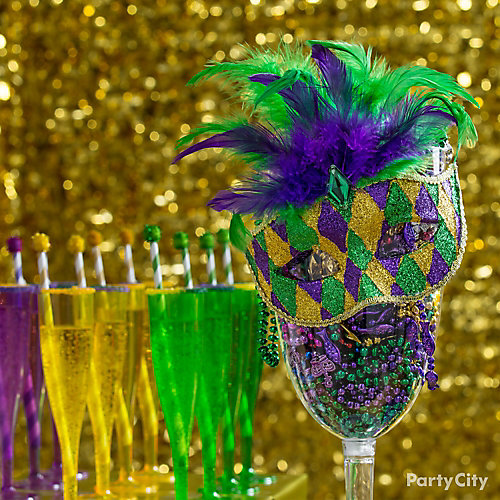 Masks Table Accent Idea  sc 1 st  Party City & Masks Table Accent Idea - Mardi Gras King Cake u0026 Cocktails Ideas ...