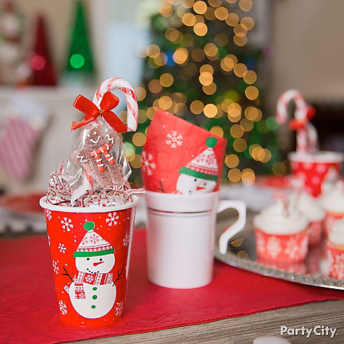 Friendly Snowman Candy Favor Idea