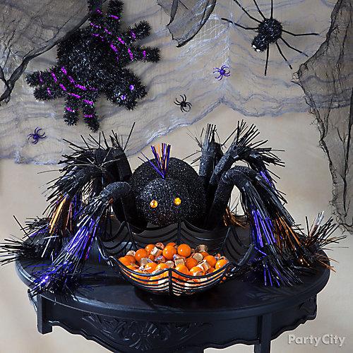 Entryway Halloween Spider Table Idea