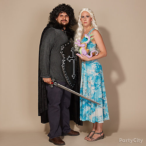 Christmas Party Dress Up Games: Game Of Thrones Couples Costume Idea