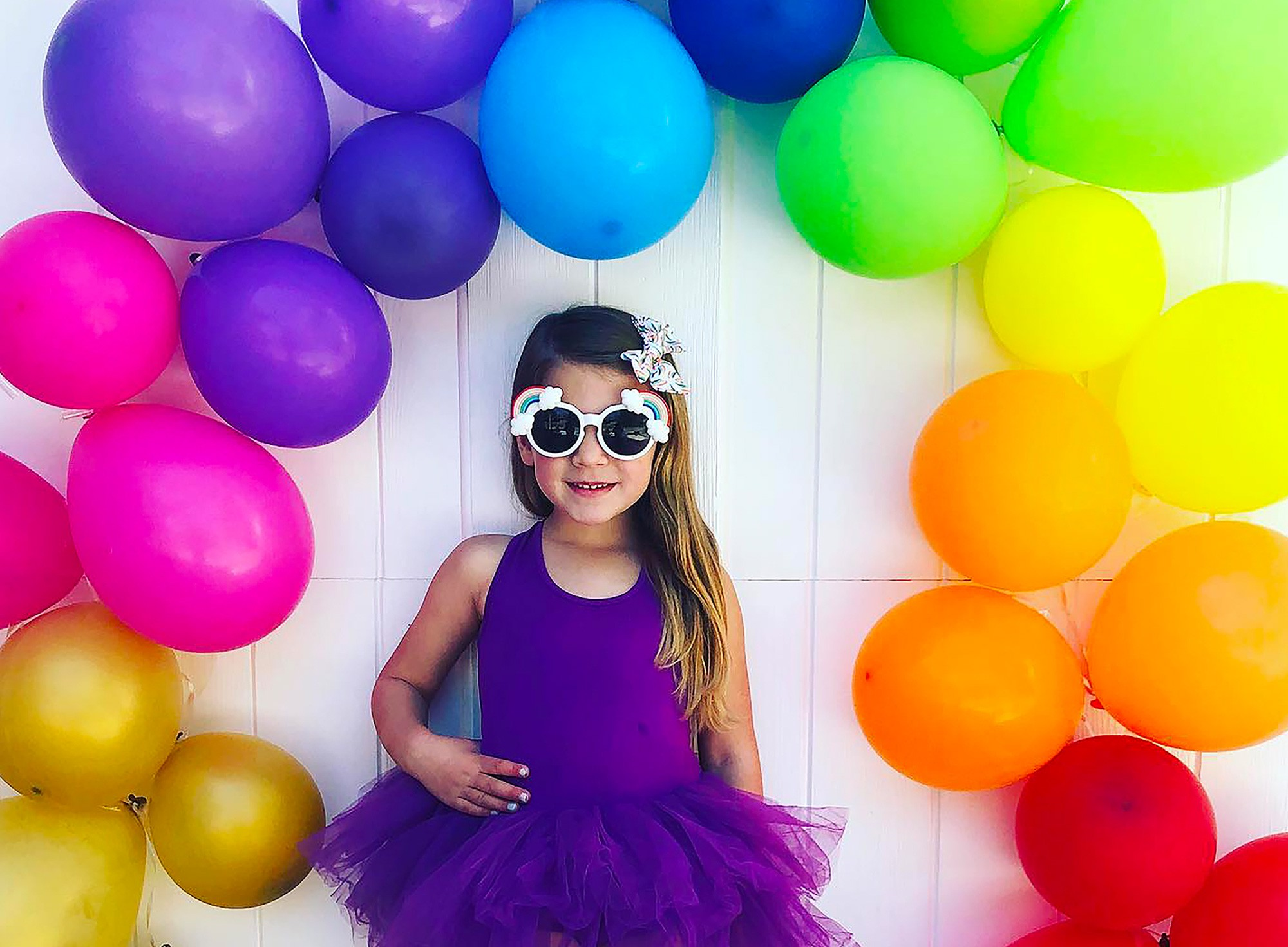 Diy Balloon Decoration Ideas Tutorials Party City Balloons are most appropriate decoration for parties whether it's for birthday, housewarming, baby shower, wedding, anniversaries or new year parties. diy balloon decoration ideas