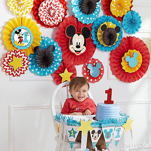 Mickey First Birthday Fan Decorating Idea